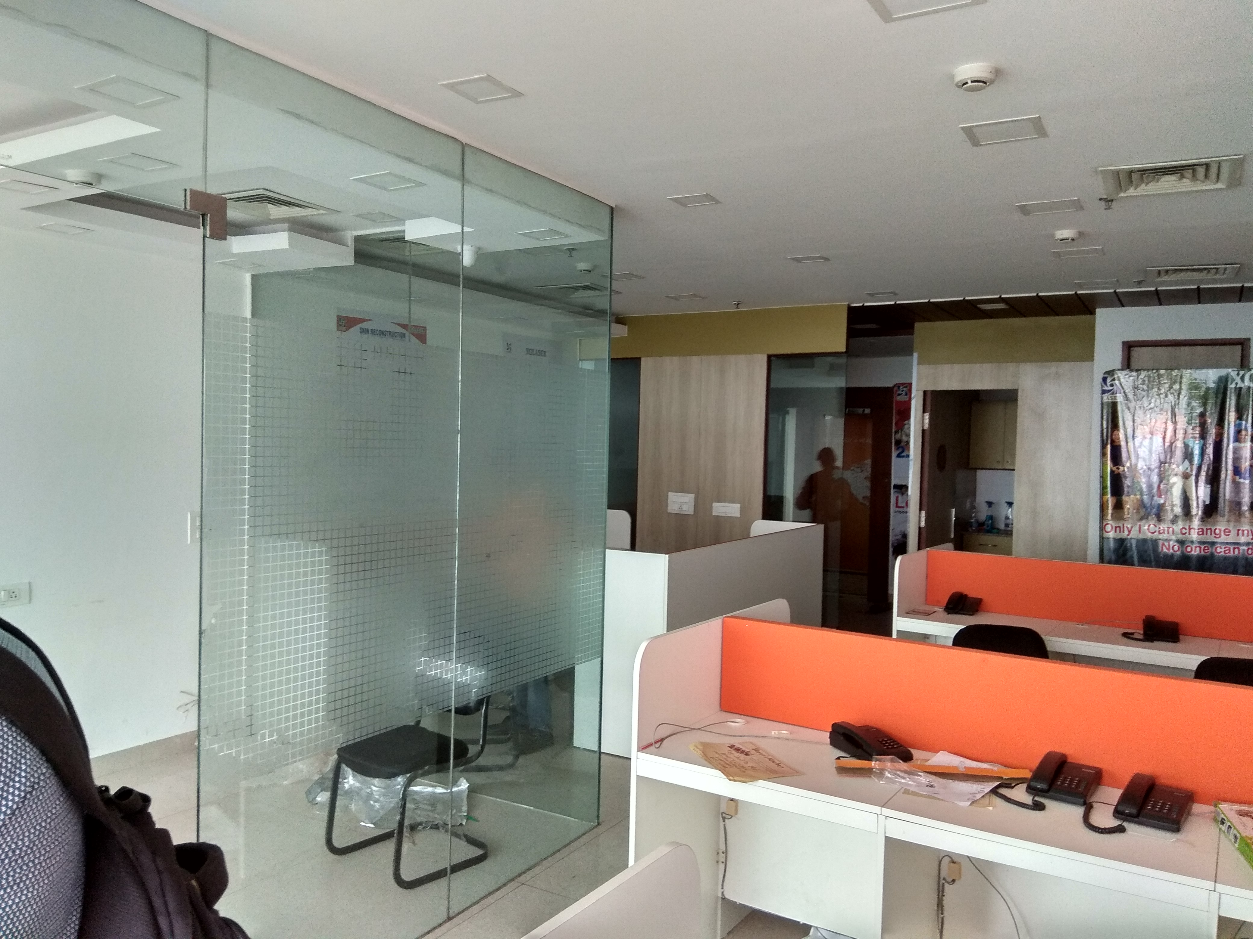 Available Office space on rent DLF Towers in jasola