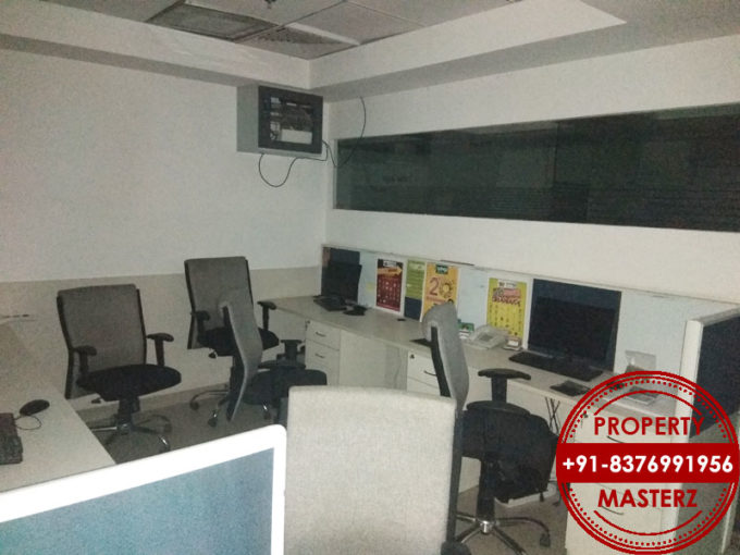 Commercial furnished office space of 2500 sq ft rent in jasola delhi