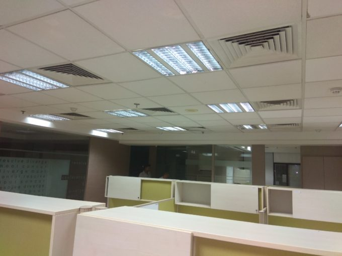 Commercial office space of 2500 sq ft  rent jasola in delhi