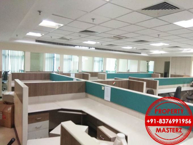 Commercial furnished office space for rent in Uppals M6 Jasola
